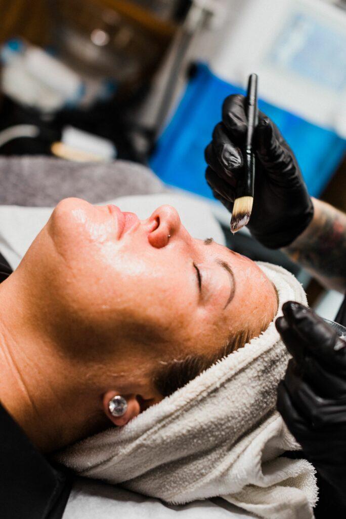 Kissed Peach Wax Saloon Waukee Iowa Skincare Waxing and Facials